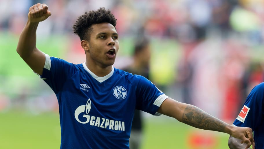 DUESSELDORF, GERMANY - OCTOBER 06: Weston McKennie of Schalke celebrates after winning the Bundesliga match between Fortuna Duesseldorf and FC Schalke 04 at Esprit-Arena on October 6, 2018 in Duesseldorf, Germany. (Photo by TF-Images/TF-Images via Getty Images)