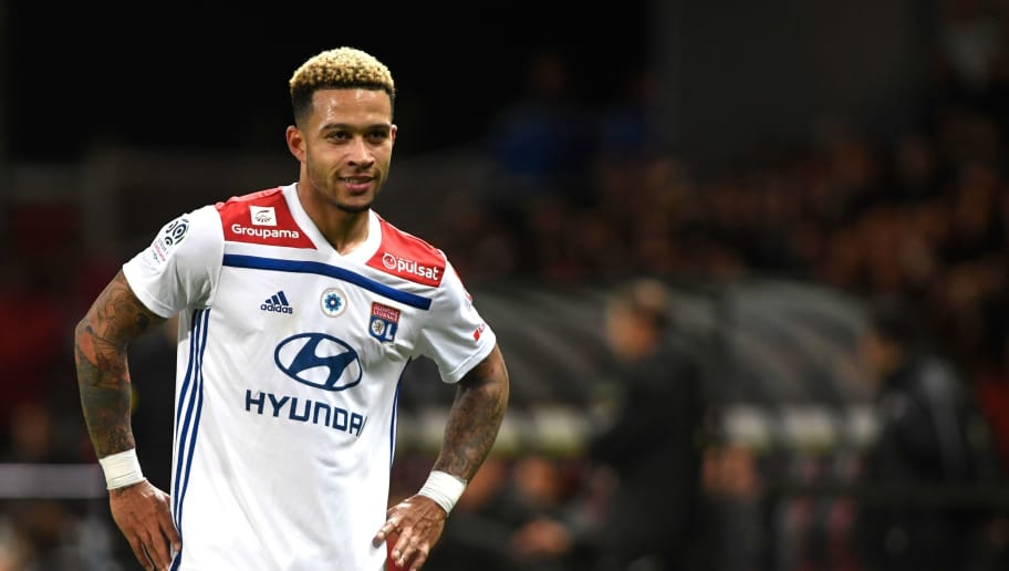 Lyon's Dutch forward Memphis Depay is pictured during the French L1 football match Guingamp against Lyon November 10, 2018 in Le Roudourou stadium in Guingamp, western France. (Photo by FRED TANNEAU / AFP)        (Photo credit should read FRED TANNEAU/AFP/Getty Images)