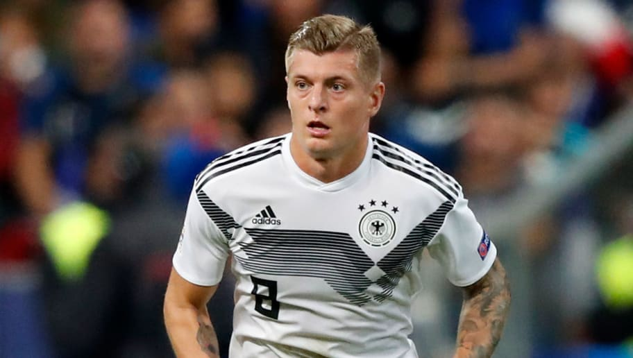 PARIS, FRANCE - OCTOBER 16: Toni Kroos of Germany  during the  UEFA Nations league match between France  v Germany  at the Stade de France on October 16, 2018 in Paris France (Photo by Jeroen Meuwsen/Soccrates/Getty Images)