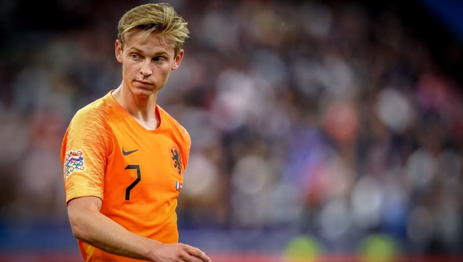 PARIS, FRANCE - SEPTEMBER 9: Frenkie de Jong of Holland  during the  UEFA Nations league match between France  v Holland  at the Stade de France on September 9, 2018 in Paris France (Photo by Geert van Erven/Soccrates/Getty Images)