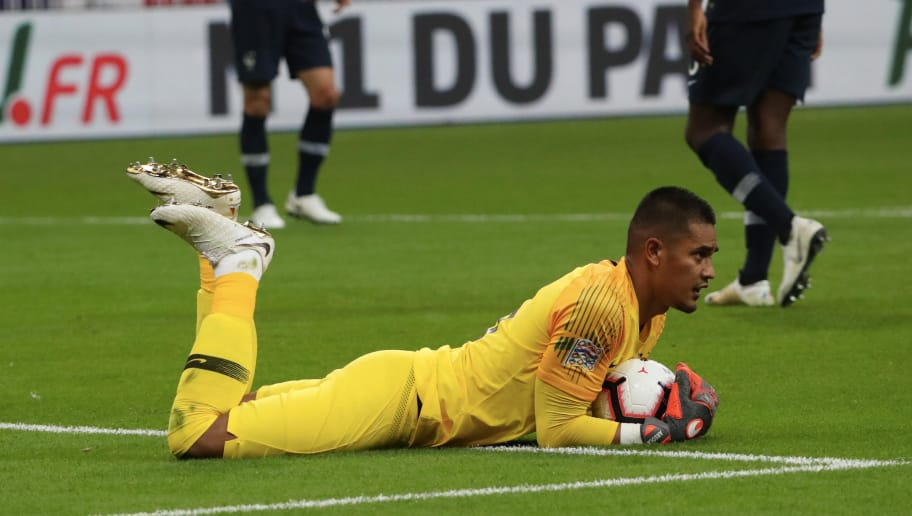PARIS, FRANCE - SEPTEMBER 09:  Alphonse Areola of France in action during the UEFA Nations League A group one match between France and Netherlands at Stade de France on September 9, 2018 in Paris, France.  (Photo by Xavier Laine/Getty Images)