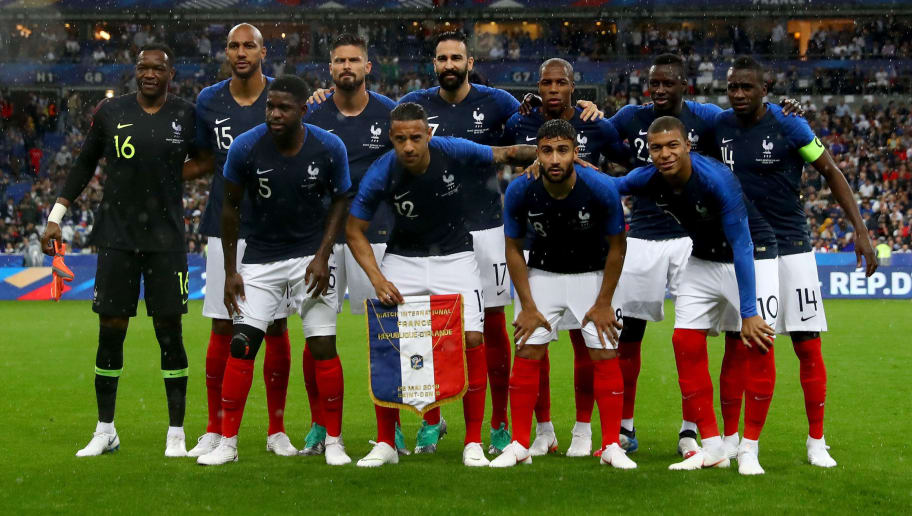 PARIS, FRANCE - MAY 28: The team of France line up before the International Friendly match between France and Ireland at Stade de France on May 28, 2018 in Paris, France.  (Photo by Dean Mouhtaropoulos/Getty Images)
