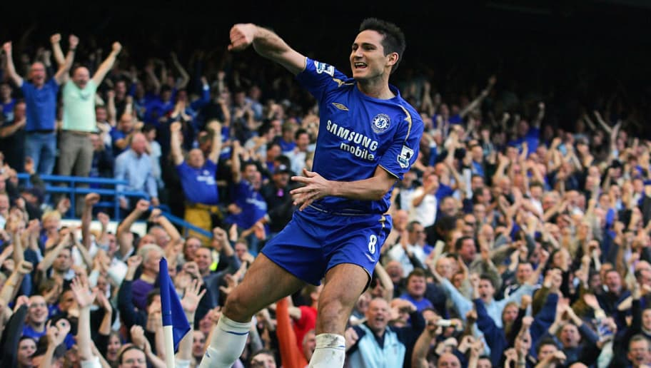 Frank Lampard of Chelsea celebrates his