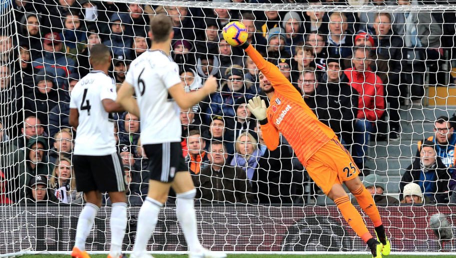 LONDON, ENGLAND - OCTOBER 27:  Sergio Rico of Fulham makes a save during the Premier League match between Fulham FC and AFC Bournemouth at Craven Cottage on October 27, 2018 in London, United Kingdom.  (Photo by Marc Atkins/Getty Images)