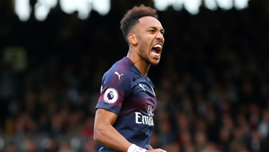 LONDON, ENGLAND - OCTOBER 07:  Pierre-Emerick Aubameyang of Arsenal celebrates after scoring his team's fourth goal during the Premier League match between Fulham FC and Arsenal FC at Craven Cottage on October 7, 2018 in London, United Kingdom.  (Photo by Catherine Ivill/Getty Images)