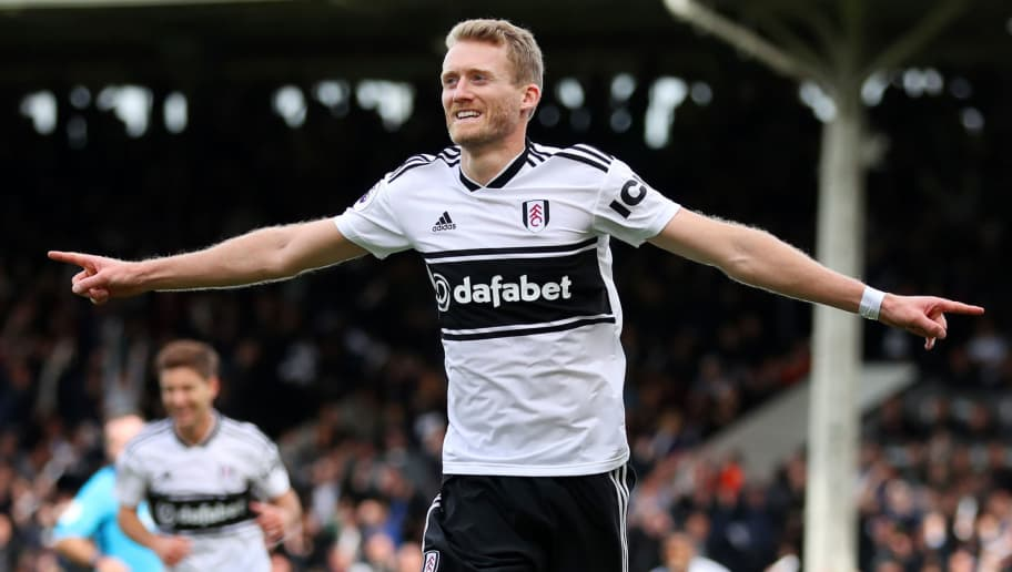LONDON, ENGLAND - OCTOBER 07:  Andre Schurrle of Fulham celebrates after scoring his team's first goal during the Premier League match between Fulham FC and Arsenal FC at Craven Cottage on October 7, 2018 in London, United Kingdom.  (Photo by Catherine Ivill/Getty Images)