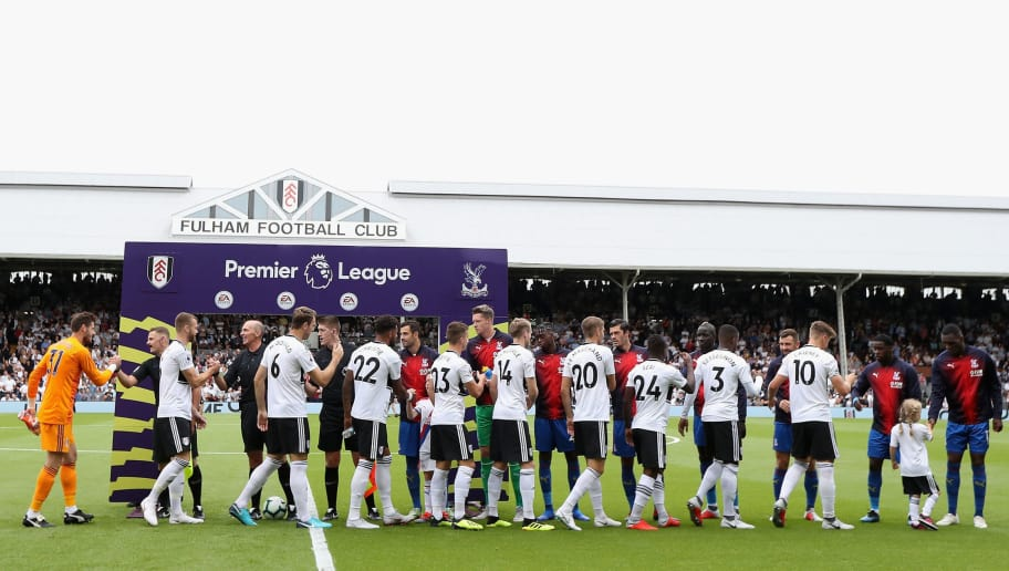 LONDON, ENGLAND - AUGUST 11:  Both teams shake hands before th ematch start sduring the Premier League match between Fulham FC and Crystal Palace at Craven Cottage on August 11, 2018 in London, United Kingdom.  (Photo by Christopher Lee/Getty Images)