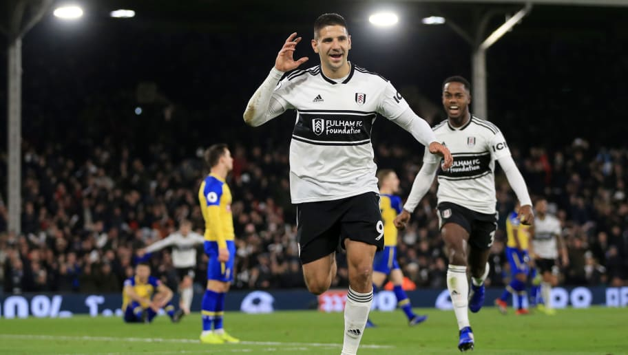 LONDON, ENGLAND - NOVEMBER 24:  Aleksandar Mitrovic of Fulham celebrates after scoring his team's third goal during the Premier League match between Fulham FC and Southampton FC at Craven Cottage on November 24, 2018 in London, United Kingdom.  (Photo by Marc Atkins/Getty Images)
