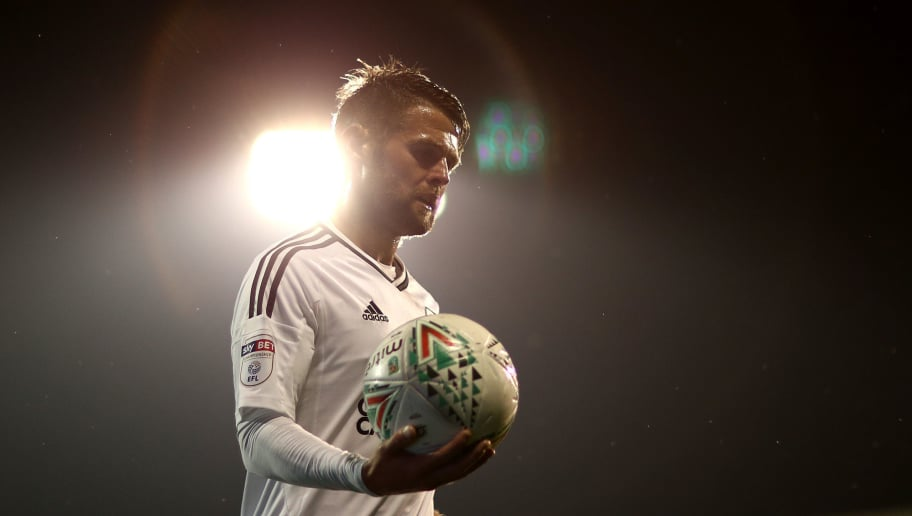 LONDON, ENGLAND - AUGUST 22:  Oliver Norwood of Fulham in action during the Carabao Cup Second Round match between Fulham and Bristol Rovers at Craven Cottage on August 22, 2017 in London, England.  (Photo by Naomi Baker/Getty Images)