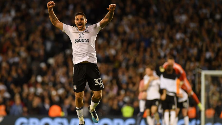 LONDON, ENGLAND - MAY 14:  Aleksandar Mitrovic of Fulham celebrates at the final whistle during the Sky Bet Championship Play Off Semi Final, second leg match between Fulham and Derby County at Craven Cottage on May 14, 2018 in London, England.  (Photo by Mike Hewitt/Getty Images)