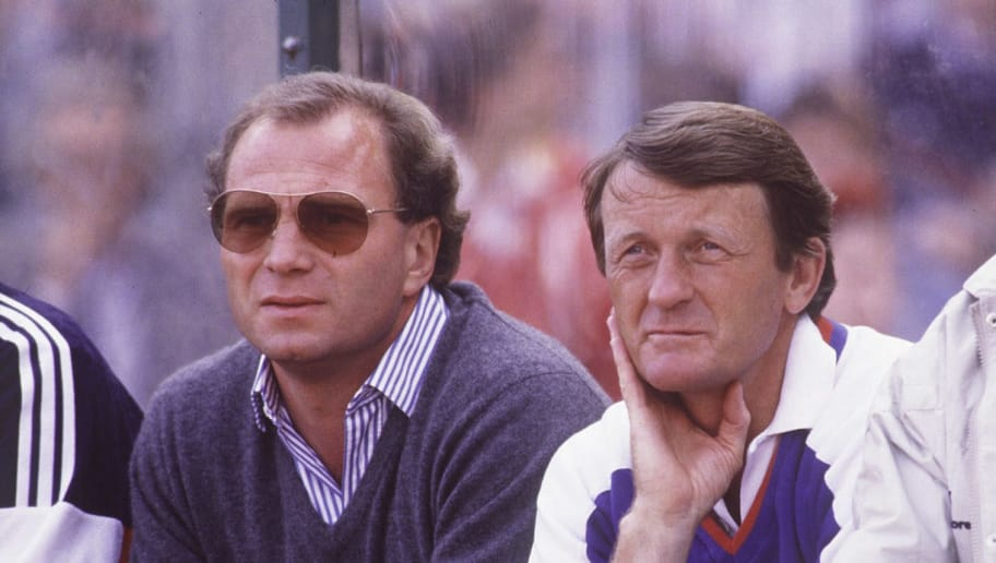 MUNICH, GERMANY - SEPTEMBER 13:  1. Bundesliga 87/88 Bayern Muenchen, Muenchen; Manager Uli HOENESS, Co Trainer ?, Trainer Jupp HEYNCKES  (Photo by Bongarts/Getty Images)