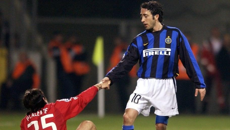 Fussball: Champions League 02/03