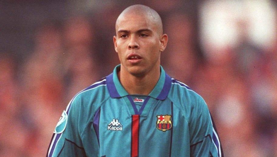 best loved 2e136 294b2 Barcelona Third Kit 2019/20: Leaked '90s Throwback Shirt ...