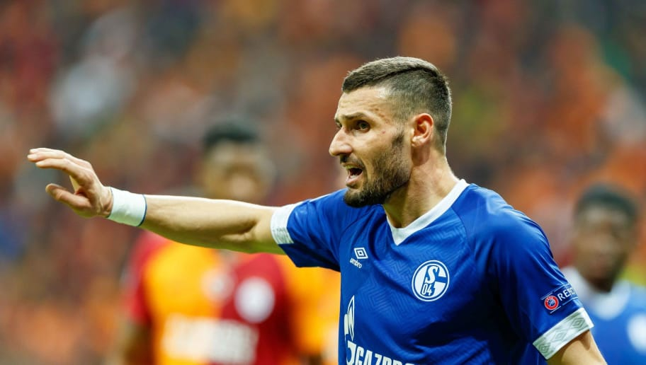 ISTANBUL, TURKEY - OCTOBER 24: Daniel Caligiuri of FC Schalke 04 gestures during the UEFA Champions League Group D match between Galatasaray and FC Schalke 04 at Turk Telekom Arena on October 24, 2018 in Istanbul, Turkey. (Photo by TF-Images/Getty Images)