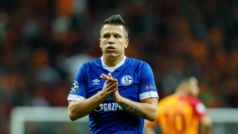ISTANBUL, TURKEY - OCTOBER 24: Yevhen Konoplyanka of FC Schalke 04 gestures during the UEFA Champions League Group D match between Galatasaray and FC Schalke 04 at Turk Telekom Arena on October 24, 2018 in Istanbul, Turkey. (Photo by TF-Images/Getty Images)
