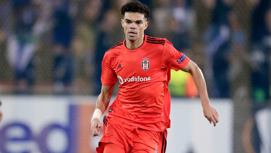 GENK, BELGIUM - NOVEMBER 8: Pepe of Besiktas during the UEFA Europa League   match between Genk v Besiktas at the Cristal Arena on November 8, 2018 in Genk Belgium (Photo by Jeroen Meuwsen/Soccrates/Getty Images)