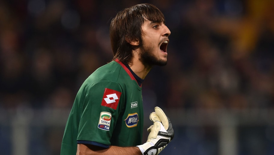 GENOA, ITALY - NOVEMBER 24:  Mattia Perin of Genoa CFC reacts during the Serie A match between Genoa CFC and US Citta di Palermo at Stadio Luigi Ferraris on November 24, 2014 in Genoa, Italy.  (Photo by Valerio Pennicino/Getty Images)