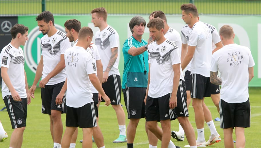 BOLZANO, ITALY - JUNE 07:  Joachim Loew, head coach of the German national team talks to his players  during a training session of the German national team at Sportanlage Rungg on day sixteen of the Southern Tyrol Training Camp on June 7, 2018 in Eppan, Italy.  (Photo by Alexander Hassenstein/Bongarts/Getty Images)
