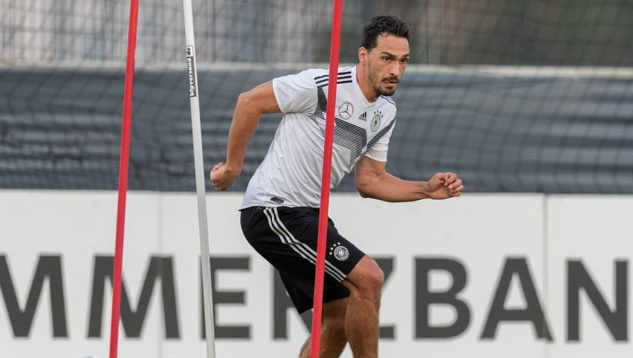BERLIN, GERMANY - OCTOBER 09: Mats Hummels of Germany in action during a training session of the German national team at Stadion auf dem Wurfplatz on October 9, 2018 in Berlin, Germany. (Photo by Boris Streubel/Bongarts/Getty Images)