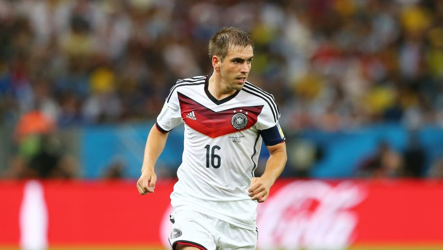 RIO DE JANEIRO, BRAZIL - JULY 13: Philipp Lahm of Germany controls the ball during the 2014 FIFA World Cup Brazil Final match between Germany and Argentina at Maracana on July 13, 2014 in Rio de Janeiro, Brazil.  (Photo by Martin Rose/Getty Images)