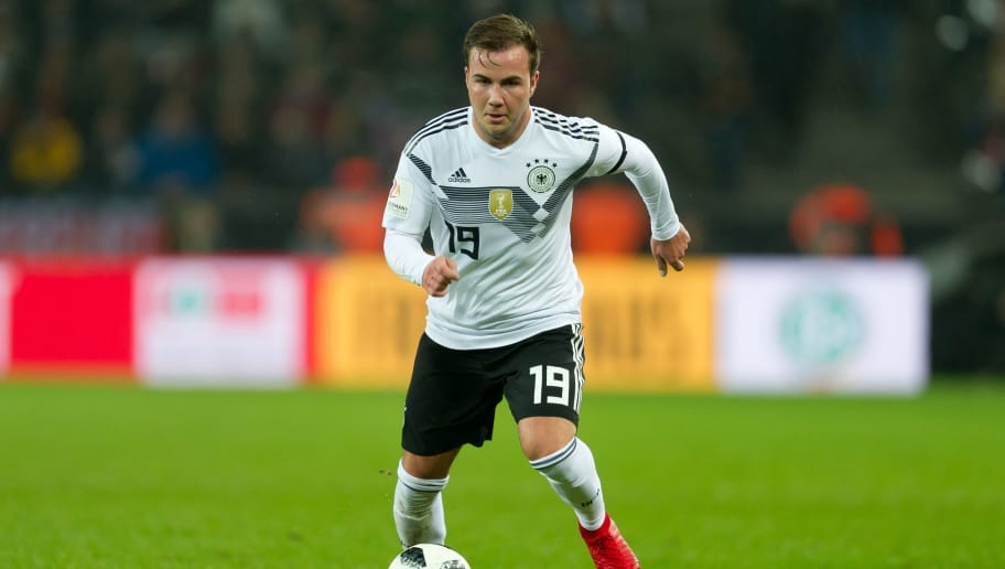 COLOGNE, GERMANY - NOVEMBER 14: Mario Goetze of Germany controls the ball during the International friendly match between Germany and France at RheinEnergieStadion on November 14, 2017 in Cologne, Germany. (Photo by TF-Images/TF-Images via Getty Images)