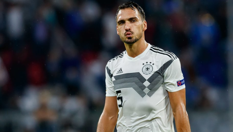 MUNICH, GERMANY - SEPTEMBER 06: Mats Hummels of Germany looks on during the UEFA Nations League group A match between Germany and France at Allianz Arena on September 6, 2018 in Munich, Germany. (Photo by TF-Images/Getty Images)