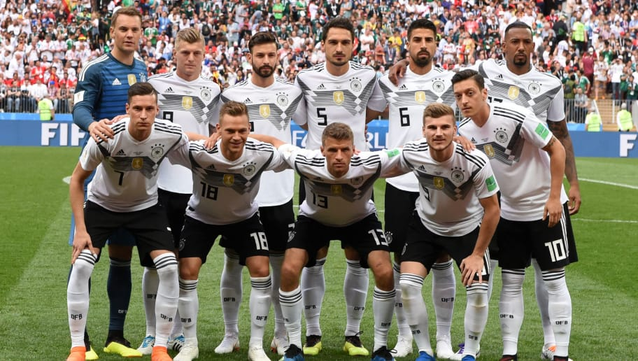 MOSCOW, RUSSIA - JUNE 17: Players of Germany line up for the team photos prior to the 2018 FIFA World Cup Russia group F match between Germany and Mexico at Luzhniki Stadium on June 17, 2018 in Moscow, Russia. (Photo by Etsuo Hara/Getty Images)