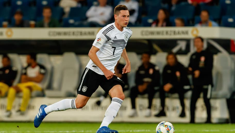 SINSHEIM, GERMANY - SEPTEMBER 09: Julian Draxler of Germany controls the ball during the International Friendly match between Germany and Peru on September 9, 2018 in Sinsheim, Germany. (Photo by TF-Images/Getty Images)
