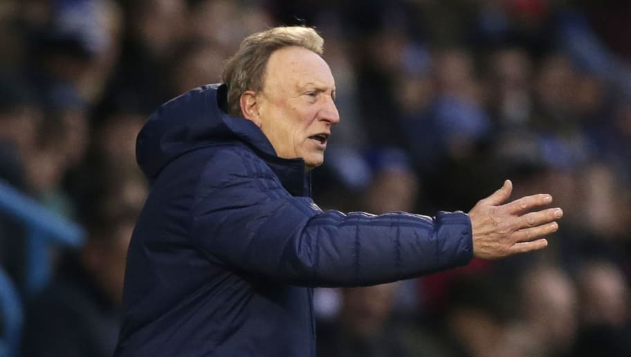GILLINGHAM, UNITED KINGDOM - JANUARY 05:  Neil Warnock, Manager of Cardiff City gives his team instructions during the FA Cup Third Round match between Gillingham and Cardiff City at Priestfield Stadium on January 5, 2019 in Gillingham, United Kingdom.  (Photo by Henry Browne/Getty Images)