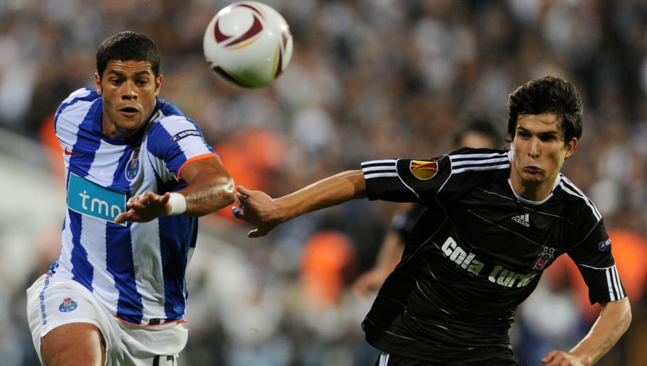 Givanildo Sousa (L) of FC Porto vies with Necip Uysal (R) of Besiktas Istanbul during their UEFA Europa League Group L football match at Inonu stadium in Istanbul on October 21,2010 .AFP PHOTO/MUSTAFA OZER (Photo credit should read MUSTAFA OZER/AFP/Getty Images)