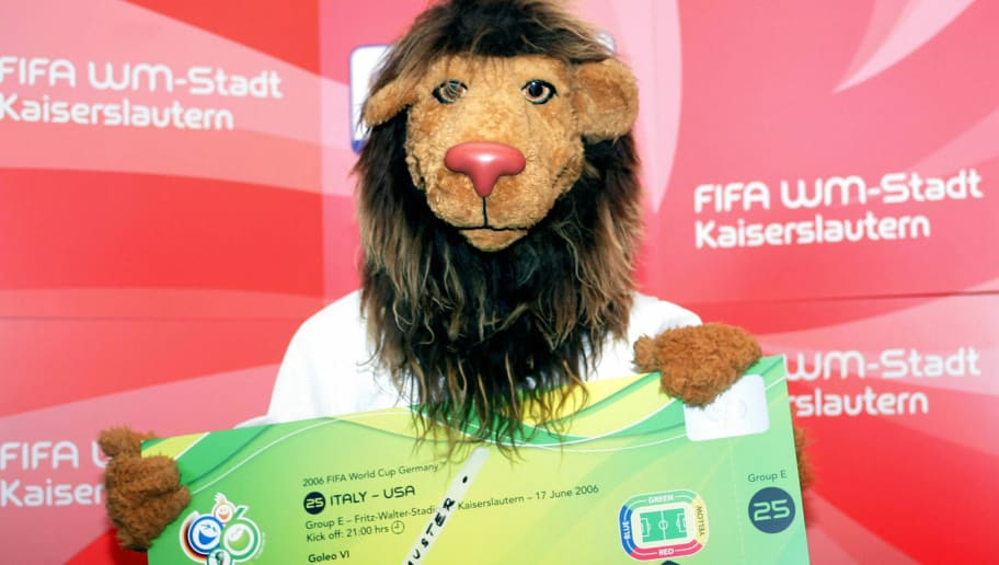 Kaiserslautern, GERMANY:  'Goleo VI', the World Cup mascot, presents a giant replica of the ticket for the German held FIFA 2006 football World Cup, March 2006 in Kaiserslautern. German organisers confirmed that 2.6 million tickets had been sold for the finals, running from 09 June to 09 July, leaving 470,000 tickets on offer to the general public.   AFP PHOTO   DDP/THOMAS LOHNES    GERMANY OUT  (Photo credit should read THOMAS LOHNES/AFP/Getty Images)