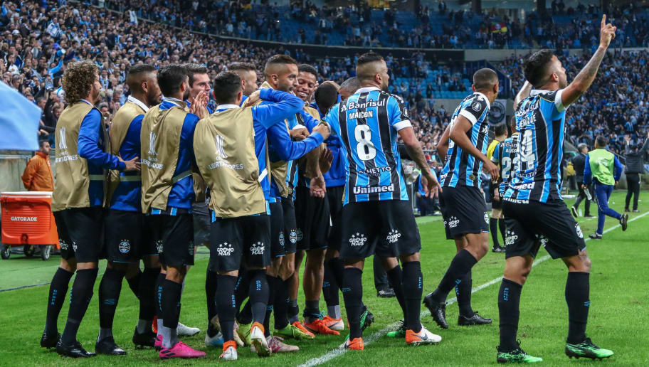 Gremio v Libertad - Copa CONMEBOL Libertadores 2019
