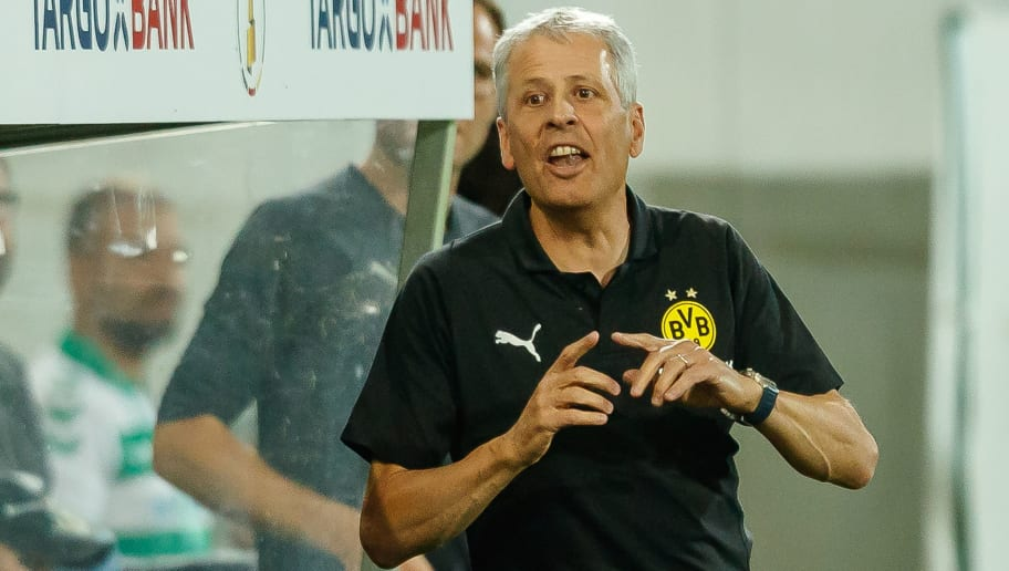 FUERTH, GERMANY - AUGUST 20: Head coach Lucien Favre of Borussia Dortmund gestures during the DFB Cup first round match between Greuther Fuerth and Borussia Dortmund at Sportpark Ronhof Thomas Sommer on August 20, 2018 in Fuerth, Germany. (Photo by TF-Images/Getty Images)