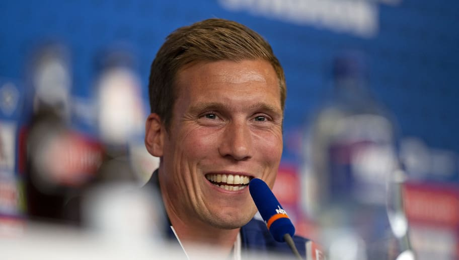 HAMBURG, GERMANY - OCTOBER 23: Hamburger SV unveils new signing head coach Hannes Wolf during a press conference at Volksparkstadion on October 23, 2018 in Hamburg, Germany. (Photo by Cathrin Mueller/Bongarts/Getty Images)