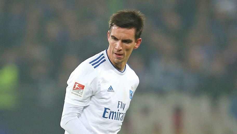HSV bestätigt: OP und lange Pause für Moritz