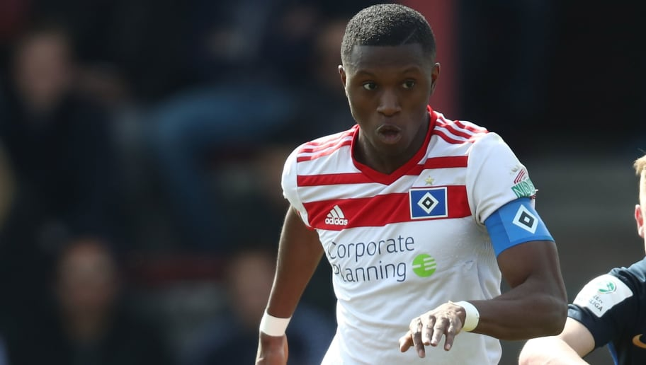 HAMBURG, GERMANY - APRIL 07:  Aaron Opoku of Hamburg in action during the A Juniors Bundesliga match between Hamburger SV and Hertha BSC on April 7, 2018 in Hamburg, Germany.  (Photo by Oliver Hardt/Bongarts/Getty Images)