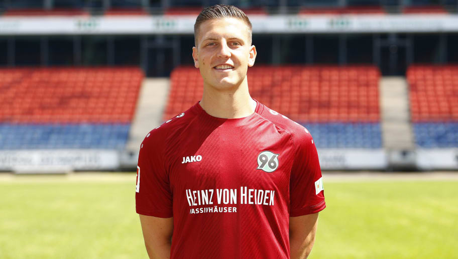 HANOVER, GERMANY - JULY 19: Kevin Wimmer of Hannover 96 poses during the team presentation at HDI-Arena on July 19, 2018 in Hanover, Germany. (Photo by Joachim Sielski/Bongarts/Getty Images)