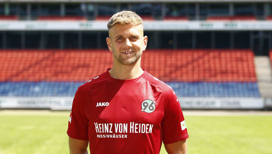 HANOVER, GERMANY - JULY 19: Niclas Fuellkrug of Hannover 96 poses during the team presentation at HDI-Arena on July 19, 2018 in Hanover, Germany. (Photo by Joachim Sielski/Bongarts/Getty Images)