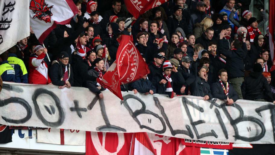 Hannover 96 v 1. FC Kaiserslautern - Bundesliga