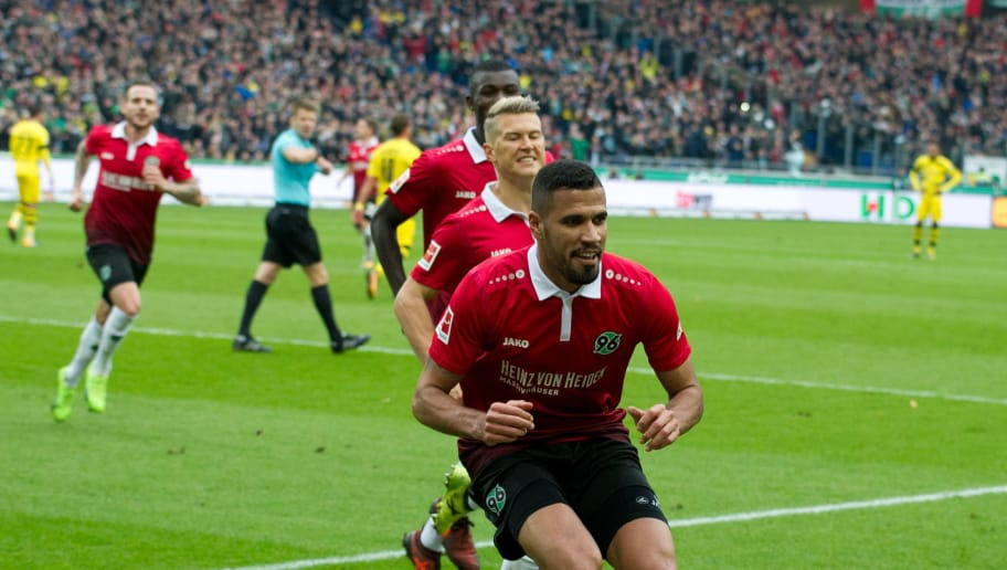 HANNOVER, GERMANY - OCTOBER 28: Jonathas of Hannover 96 celebrates after scoring his team`s first goal during the German Bundesliga match between Hannover 96 v Borussia Dortmund at the HDI Arena on October 28, 2017 in Hannover Germany (Photo by TF-Images/TF-Images via Getty Images)