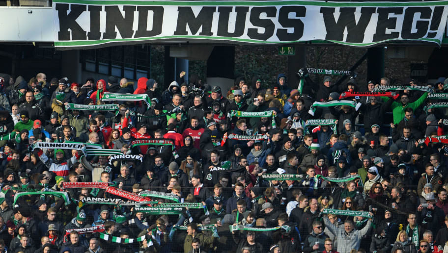 HANOVER, GERMANY - FEBRUARY 24: Supporters of Hannover show a protest banner against 96 president Martin Kind during the Bundesliga match between Hannover 96 and Borussia Moenchengladbach at HDI-Arena on February 24, 2018 in Hanover, Germany. (Photo by Thomas Starke/Bongarts/Getty Images)
