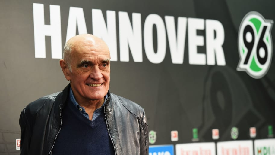 HANOVER, GERMANY - DECEMBER 19:  Martin Kind, president of Hannover 96 looks on prior to the start of the Bundesliga match between Hannover 96 and FC Bayern Muenchen at HDI-Arena on December 19, 2015 in Hanover, Germany.  (Photo by Stuart Franklin/Bongarts/Getty Images)