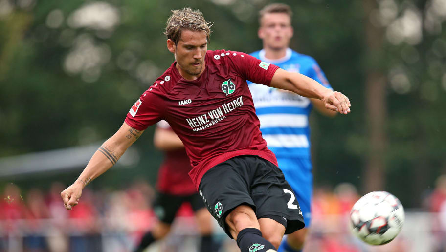 ILTEN, GERMANY - JULY 21: Oliver Sorg of Hannover in action during the preseason friendly match between Hannover 96 and PEC Zwolle at Wahre Dorff Arena on July 21, 2018 in Ilten, Germany. (Photo by Cathrin Mueller/Bongarts/Getty Images)