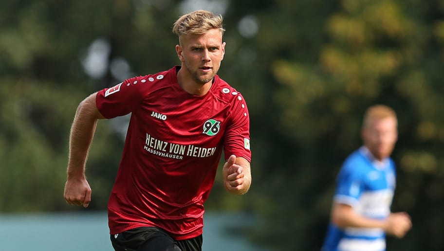 ILTEN, GERMANY - JULY 21: Niclas Fuellkrug of Hannover in action during the preseason friendly match between Hannover 96 and PEC Zwolle at Wahre Dorff Arena on July 21, 2018 in Ilten, Germany. (Photo by Cathrin Mueller/Bongarts/Getty Images)