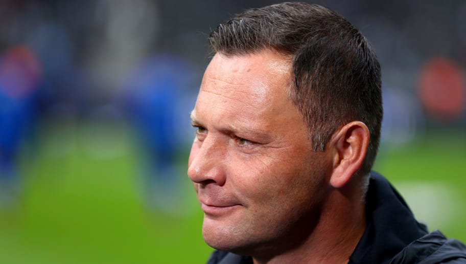 BERLIN, GERMANY - SEPTEMBER 22:  Pal Dardai, Manager of Hertha BSC looks on prior to the Bundesliga match between Hertha BSC and Borussia Moenchengladbach at Olympiastadion on September 22, 2018 in Berlin, Germany.  (Photo by Martin Rose/Bongarts/Getty Images)