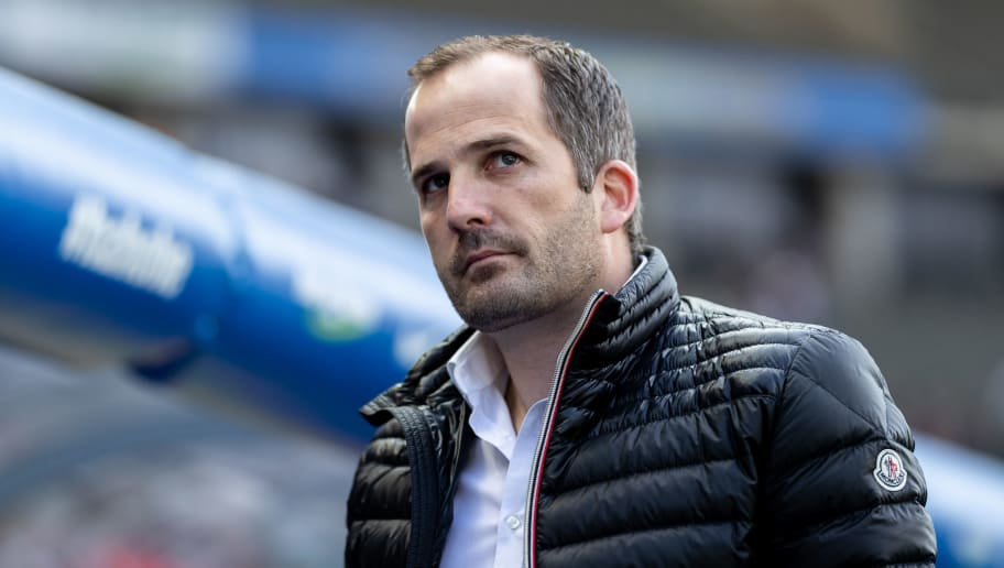 BERLIN, GERMANY - APRIL 28: Head coach Manuel Baum of FC Augsburg looks on prior to the Bundesliga match between Hertha BSC and FC Augsburg at Olympiastadion on April 28, 2018 in Berlin, Germany. (Photo by Boris Streubel/Bongarts/Getty Images)
