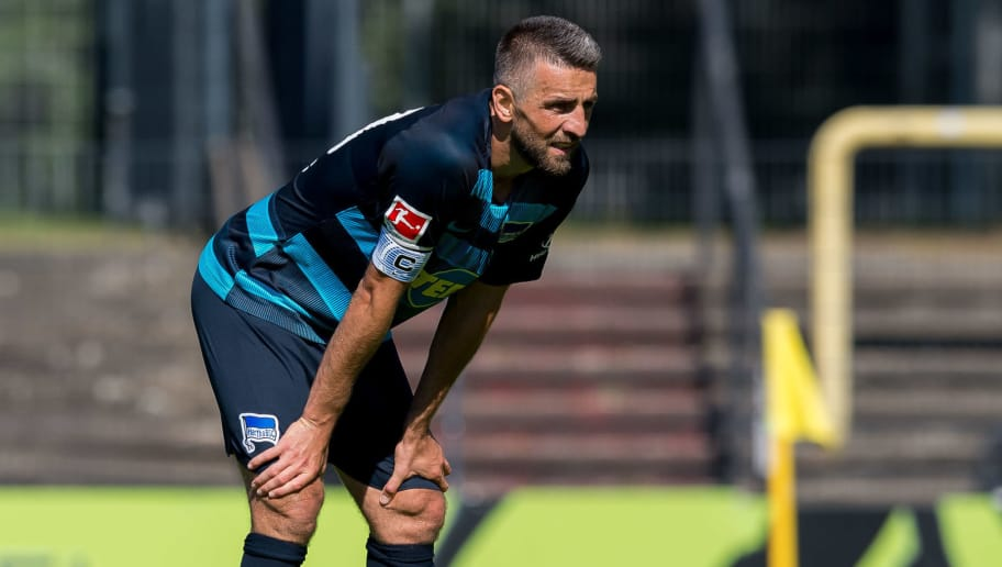 HERNE, GERMANY - JULY 08: Vedad Ibisevic of Hertha BSC looks on during the TEDi-Cup match between Hertha BSC and MSV Duisburg on July 8, 2018 in Herne, Germany. (Photo by TF-Images/Getty Images)