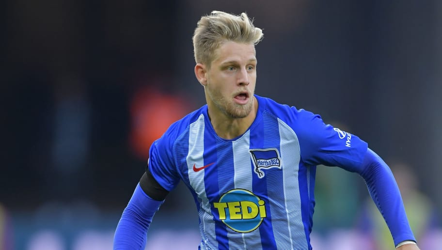 BERLIN, GERMANY - OCTOBER 21:  Arne Maier of Berlin in action during the Bundesliga match between Hertha BSC and Sport-Club Freiburg at Olympiastadion on October 21, 2018 in Berlin, Germany.  (Photo by Stuart Franklin/Bongarts/Getty Images)