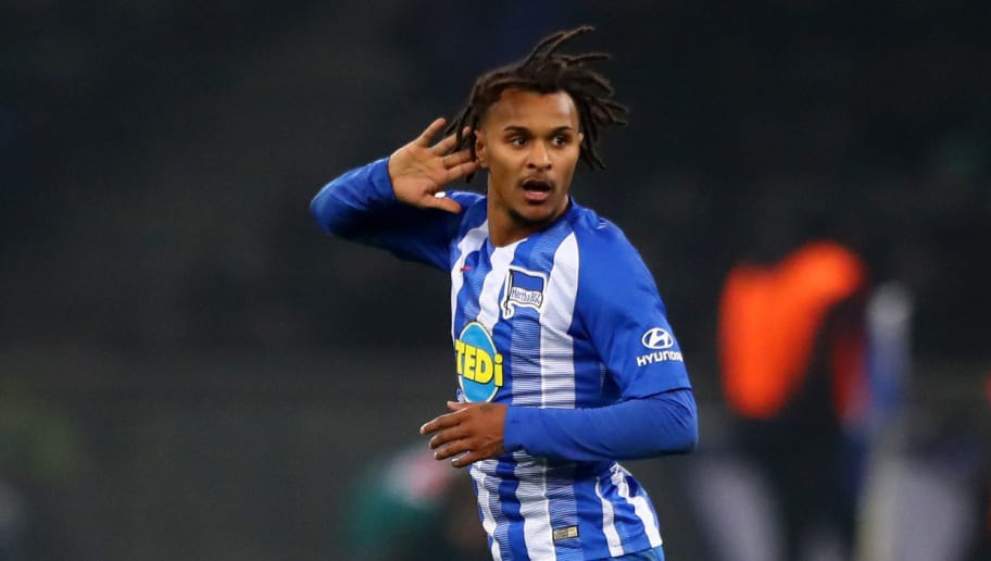 BERLIN, GERMANY - NOVEMBER 24:  Valentino Lazaro of Hertha BSC celebrates after scoring his team's third goal during the Bundesliga match between Hertha BSC and TSG 1899 Hoffenheim at Olympiastadion on November 24, 2018 in Berlin, Germany.  (Photo by Martin Rose/Bongarts/Getty Images)