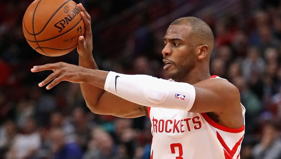 CHICAGO, IL - JANUARY 08:  Chris Paul #3 of the Houston Rockets passes against the Chicago Bulls at the United Center on January 8, 2018 in Chicago, Illinois. The Rockets defeated the Bulls 116-107. NOTE TO USER: User expressly acknowledges and agrees that, by downloading and or using this photograph, User is consenting to the terms and conditions of the Getty Images License Agreement.  (Photo by Jonathan Daniel/Getty Images)